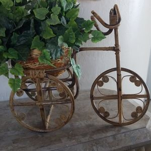 Vintage Rattan Tricyle Stand